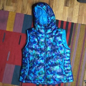 Koppen Camo Hooded Puff Down Vest size Large